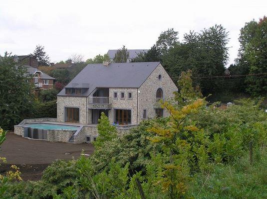 Entreprise de construction de maison à Waimes: vue arrière
